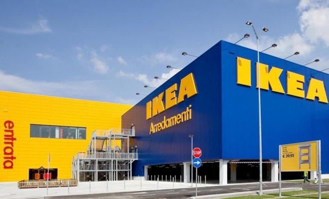 Ikea, orari festivi: scatta la protesta