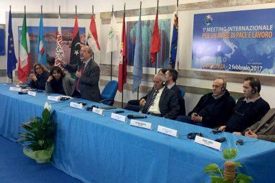 Sindacati del Mediterraneo: firmato l'Accordo di Lampedusa